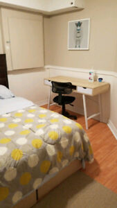 Room for Rent in East Scarborough - Female
