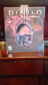 Diablo III Gaming Headset (Headphones)