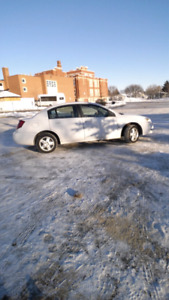 GREAT CONDITION SATURN ION SEDAN WITH AUTOMATIC TRANSMISSION