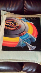 ELO OUT OF THE BLUE DOUBLE GATEFOLD VINYL ! ORIG PRESS !