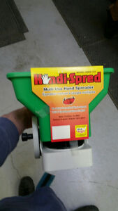 Selling four hand held seeders/ fertilizer