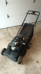 Bolens Self Propelled lawn mower HONDA ENGINE