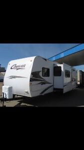 Wanting to trade a 2008 Cougar camper trailer.