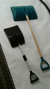 2 small snow shovels