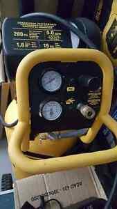 New Dewalt 1.5 HP 200 PSI, 15 Gallon Workshop Compressor