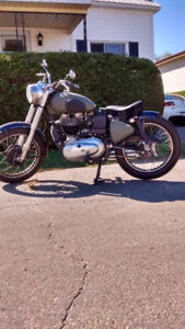 Royal Enfield Boullet 500