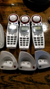 Cordless phone system for hard of hearing