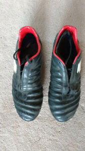 Size 12 Lotto Soccer Boots