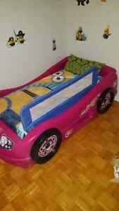 Little Tikes Toddler Girl Car Bed