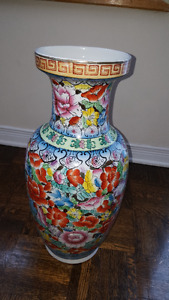 Spectacular large Chinese porcelain vase over 18 inches tall.