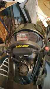 2004 Skidoo 800ho with whole other chassis Williams Lake Cariboo Area image 3