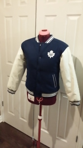 e32f19e5ea3 Reversible Toronto Maple Leafs Jacket Kids size large