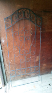 2x Wrought Iron type Garden Lattice