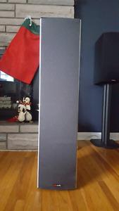 Polk Audio M20 Tower Speakers