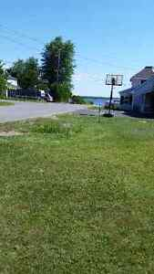 Building for sale 150 feet from Ottawa River