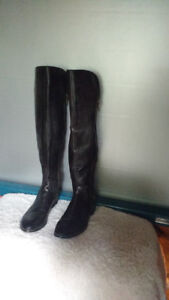 LEATHER AND SUEDE TALL EQUESTRIAN BOOTS