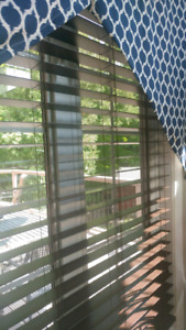 2 French door  faux wood blinds