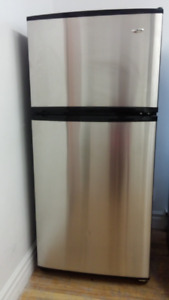 Réfrigérateur en inox Amana