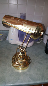 Beautiful classic style solid brass Lawyer's Lamp