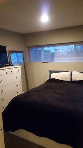 Chinook 2 bedroom lower, Available Aug 1st