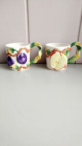 Vintage Pair Coffee Tea Cups Mugs hand made painted  - 3D Fruits