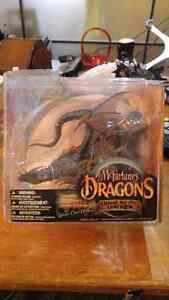 Mcfarlane's Dragons , Water Clan Dragon