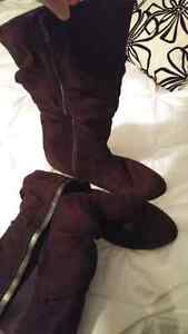 Brown lower east side boots size 11 London Ontario image 2