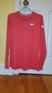 Ladies Nike Dri-Fit long sleeve top For Sale