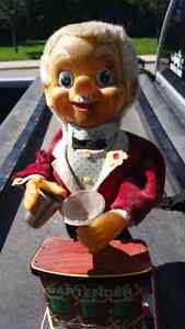Antiques and Collectibles Online  Click on view posters other ad