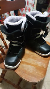 Womens k2 Haven Size 9 Snowboard Boots