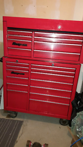 Snap-On  snapon tool box top and bottom