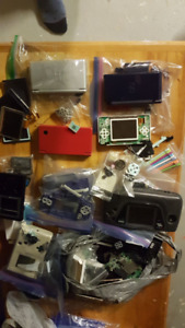 Handheld Consoles and parts. Gameboy, GameGear,GBA, DS Lite, DSi
