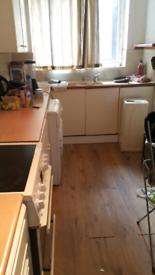 1 bedroom flat 106 per week