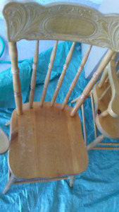 Butternut Table & 4 Pine Chairs, Newmarket