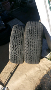 2 winters 8/32 tread 90% p275/55/r20 ( Located in westbank)