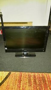 22 INCH LED HAIER FLAT SCREEN TV FOR SALE