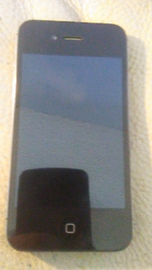 Unlocked Iphone 4s. In excellent condion