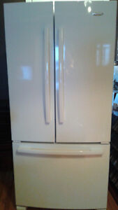 REFRIGERATEUR DOUBLE WHIRPOOLGOLD(COURRIEL SEULEMENT)