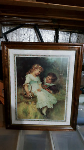 PICTURE 19X23 WITH WOOD FRAME