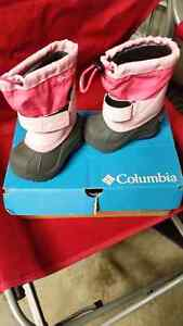 Size 5 Columbia winter boots