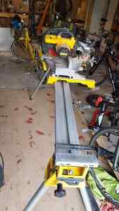 mitre saw with work stand