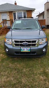 2010 Ford Escape XLT - $9850 Price REDUCED