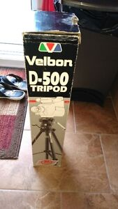 trepied de camera Velbon t 500 NEUF West Island Greater Montréal image 3