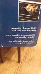 DeLonghi Convection Toaster Oven with Broiler and Rostisserie Cambridge Kitchener Area image 2