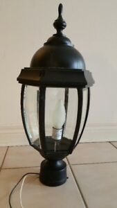 Indoor (Porch) Outdoor Post Mount De Luxe Coach Light fixture (a