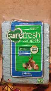 Carefresh Complete Small Pet Paper Bedding Cambridge Kitchener Area image 1