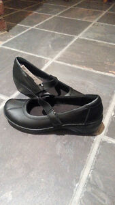 Clark's Size 9M Mary Janes