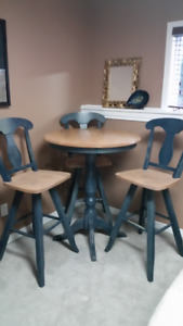 Solid Maple 4pc Dining set-CANADIAN MADE