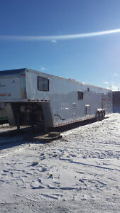 40' Race/Classic Car Hauler with Complete Living Quarters