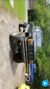 Looking for a 77-79 ford dana 44/dana 60